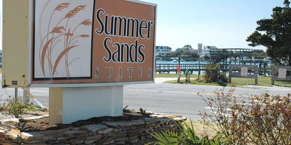 Summer-Sands-Sign